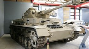 AOL: Military tanks to be auctioned in California