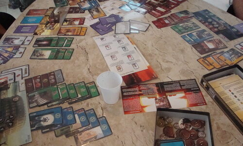 7 Wonders game in play