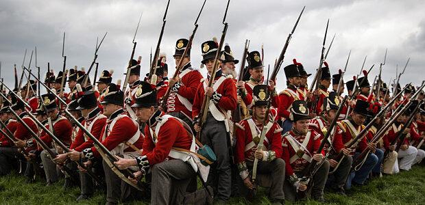 Waterloo-redcoats reenactments 2015