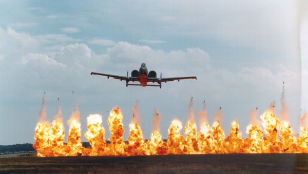 """Shooting Illustrated Review: """"Fairchild Republic A-10 Thunderbolt II"""""""
